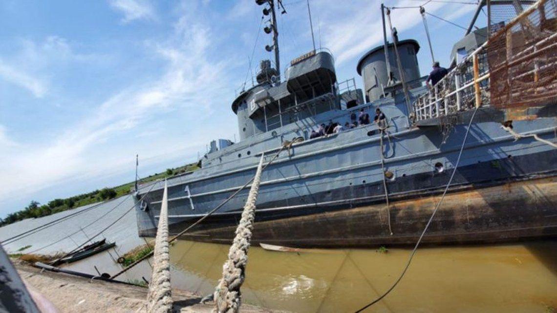 San Pedro: intentan salvar del naufragio al Remolcador Irigoyen