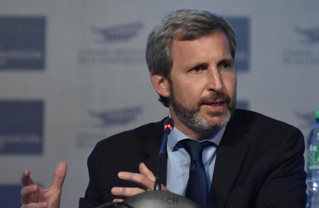 """""""No alcanza con ser ex Presidente, la gente tiene que decidir si Macri va a liderar o no"""""""