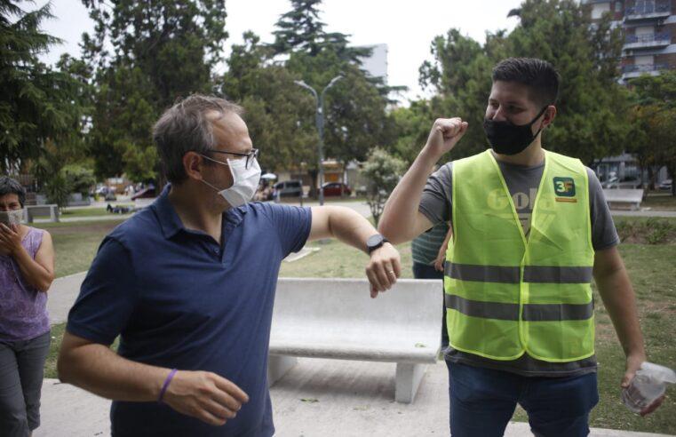 """Valenzuela mejora el salario de los municipales y entrega un """"bono Covid-19"""""""