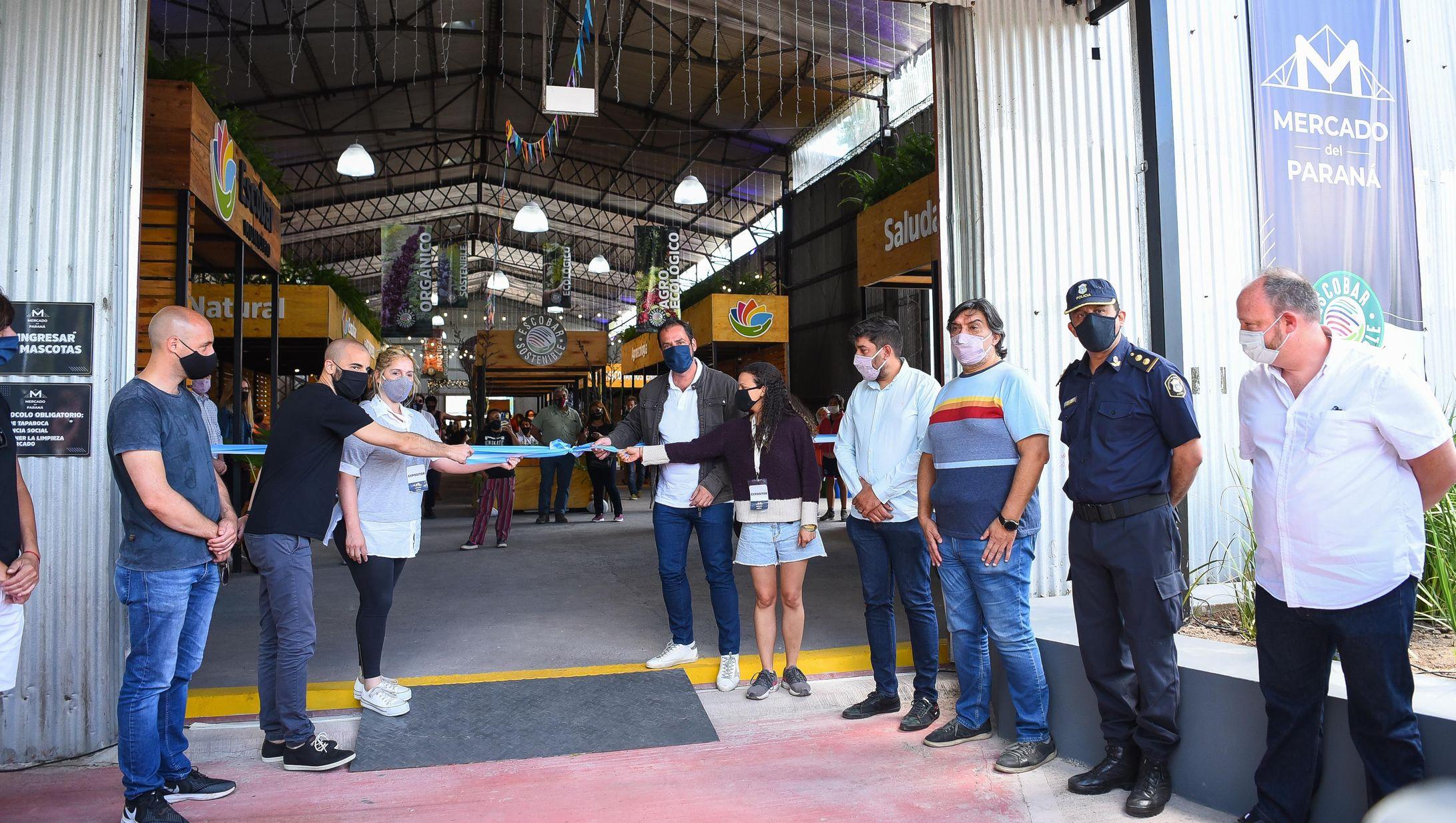 Escobar inauguró el Mercado Municipal del Paraná