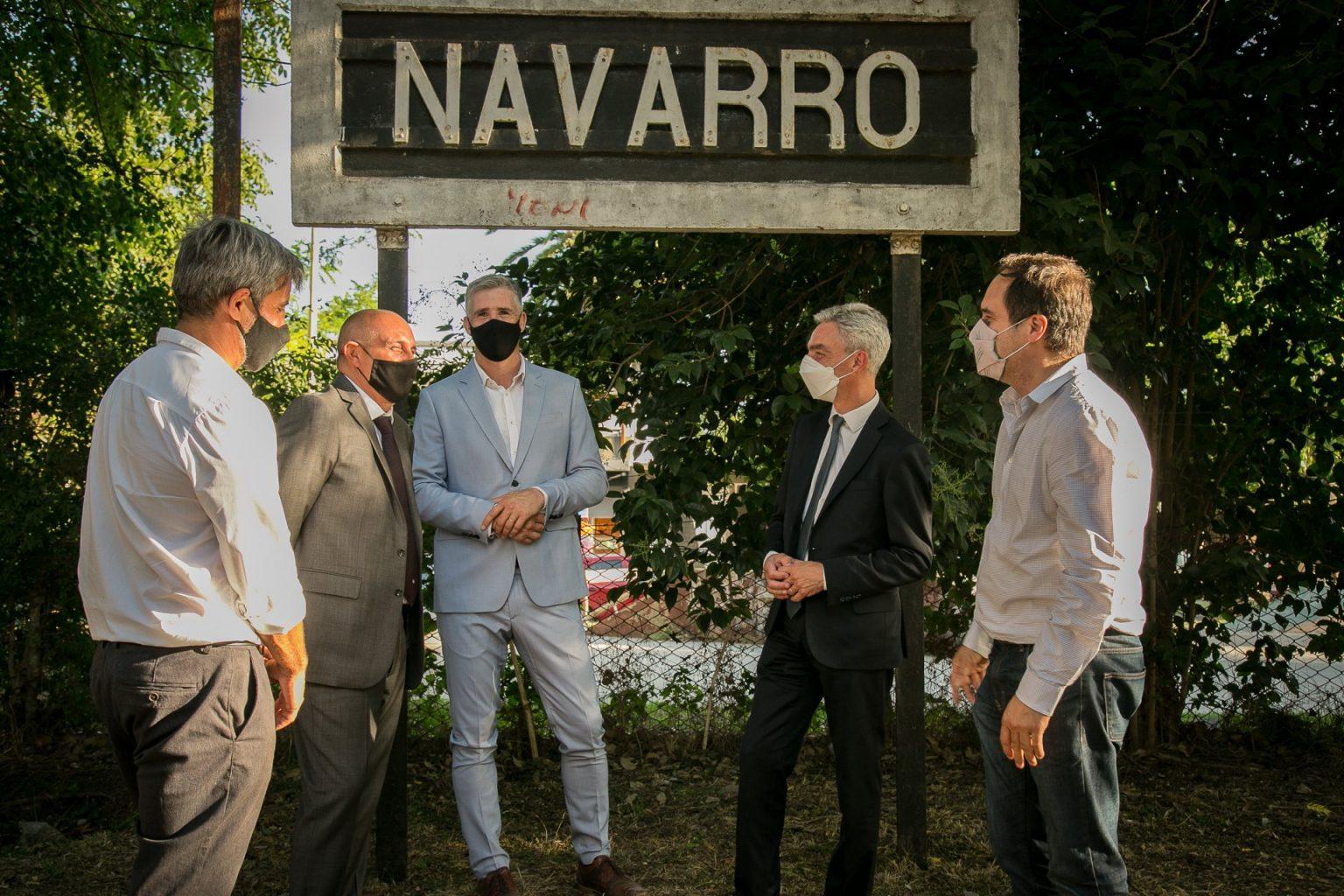 Diz anunció la renovación de la estación de trenes de Navarro