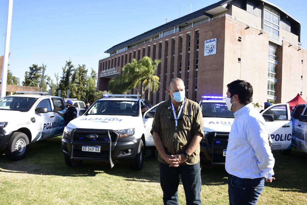 Nardini y Berni presentaron nuevos patrulleros en Malvinas Argentinas