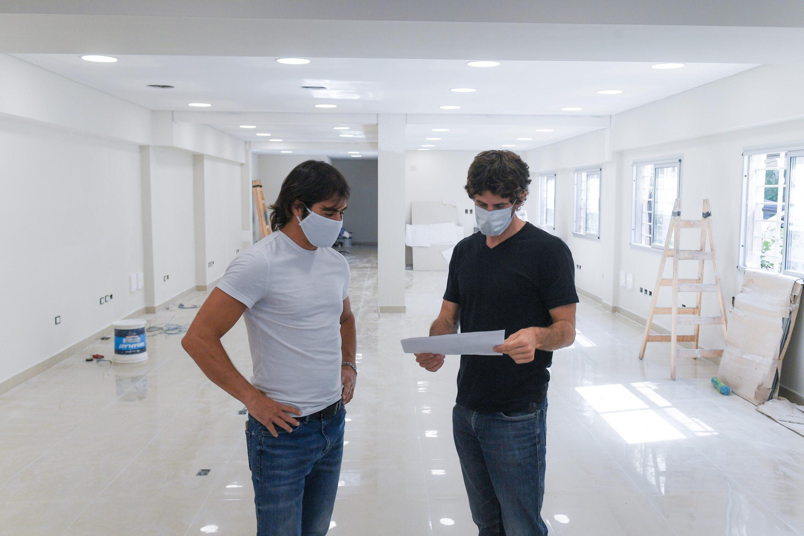 Andreotti supervisó el avance de obra del nuevo Centro de Atención Vecinal de San Fernando
