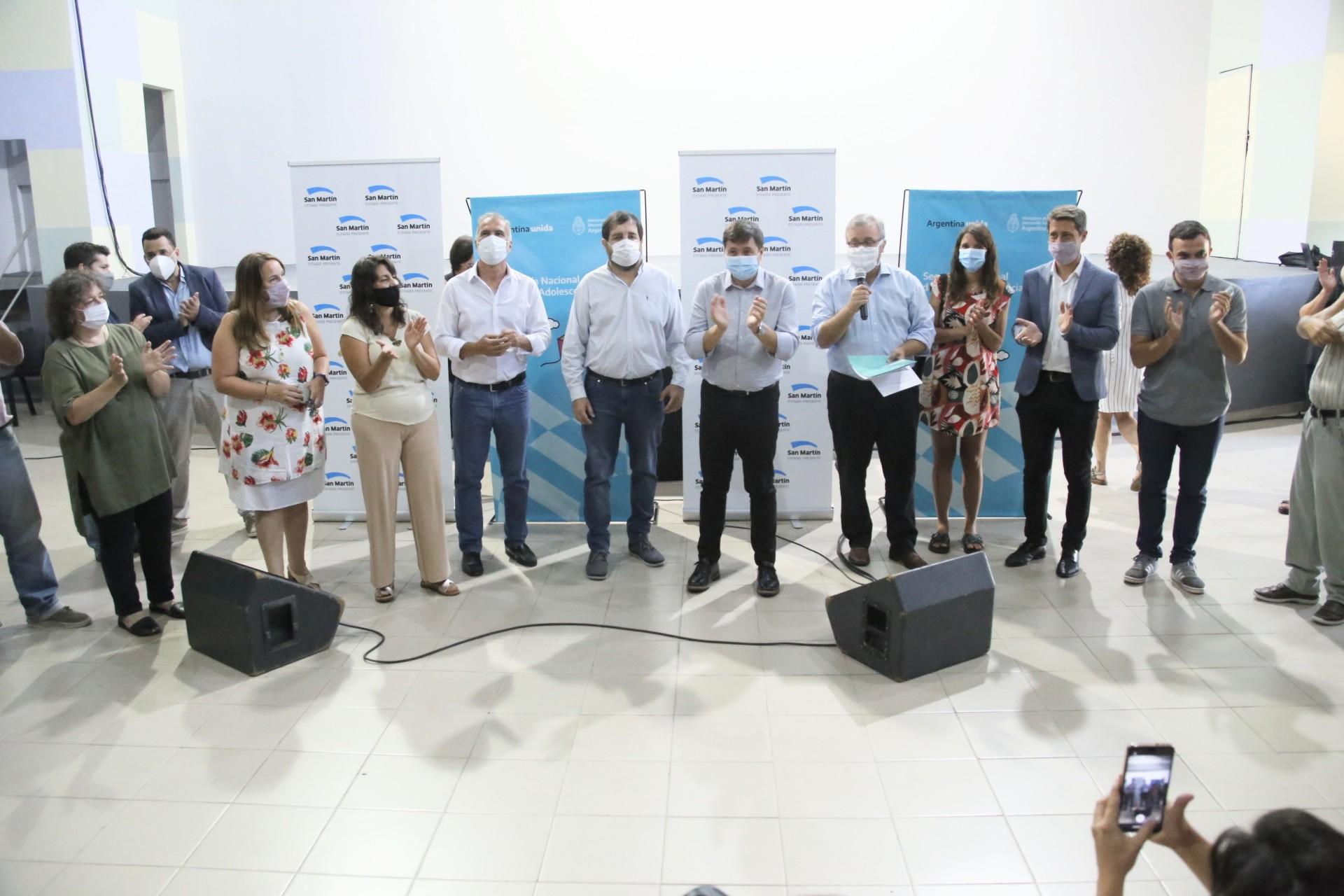 Moreira y Arroyo reinauguraron el Centro Integrador Comunitario de Villa Zagala