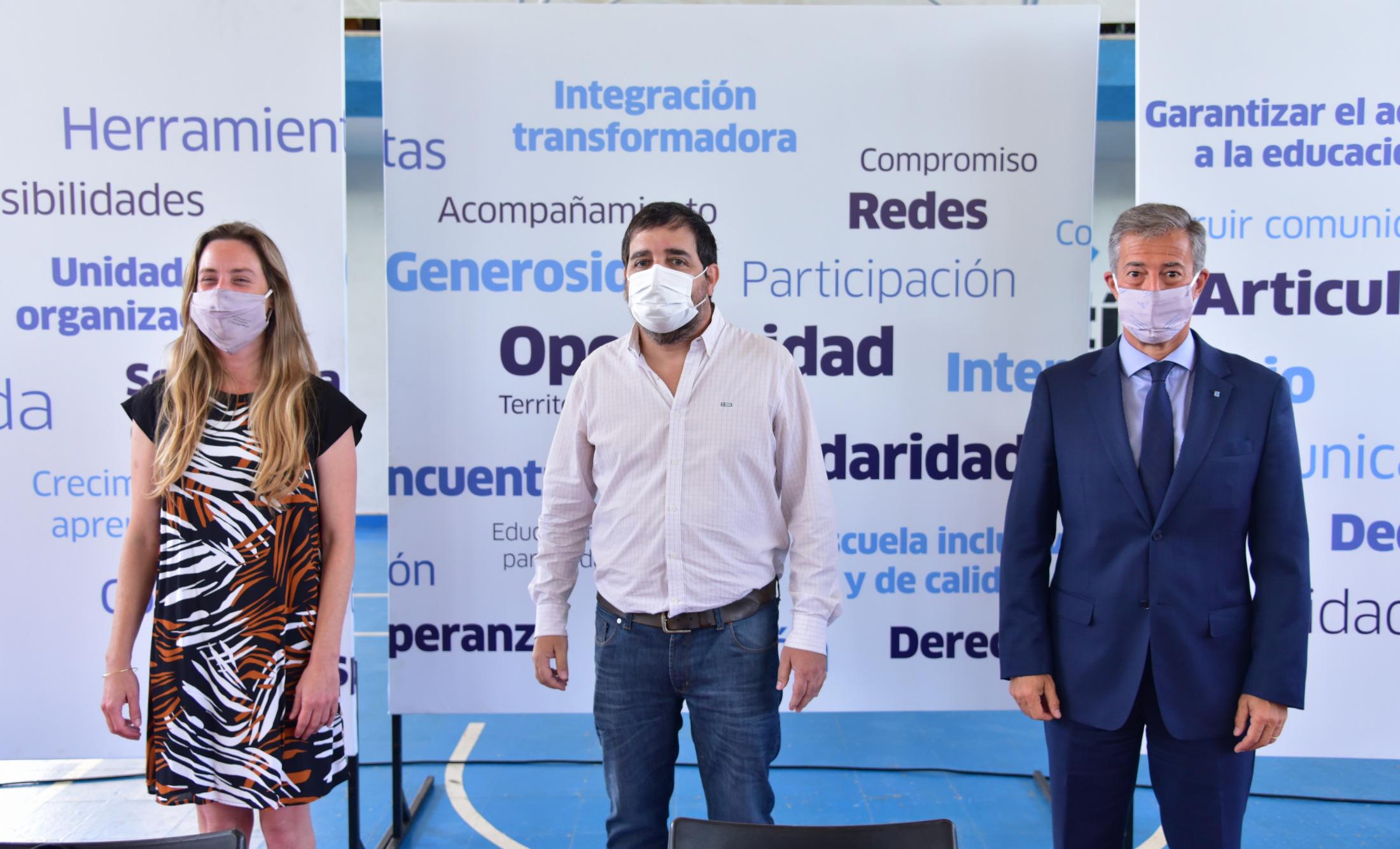 Moreira presentó la Mesa Educativa de San Martín