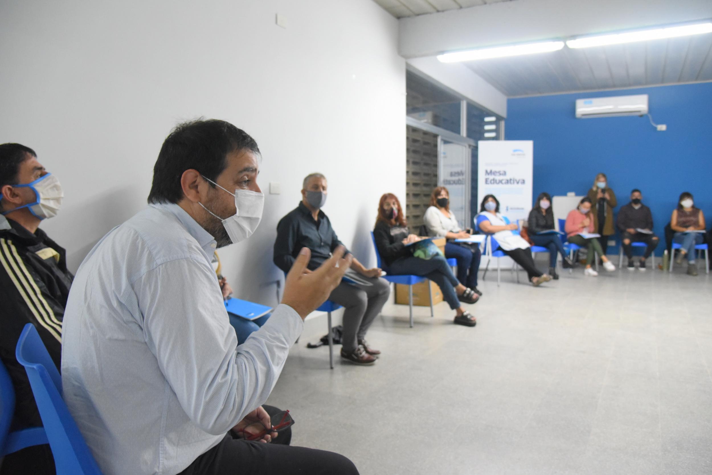 Comenzaron a funcionar las primeras 11 Mesas Educativas Locales en San Martín