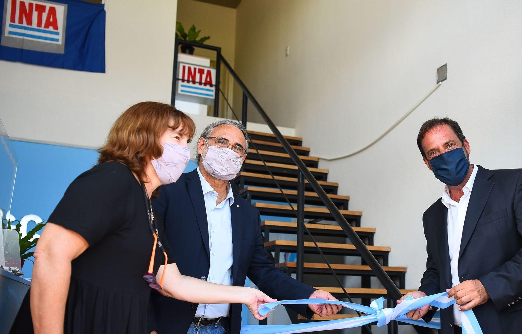 Sujarchuk inauguró la nueva oficina del INTA en Escobar