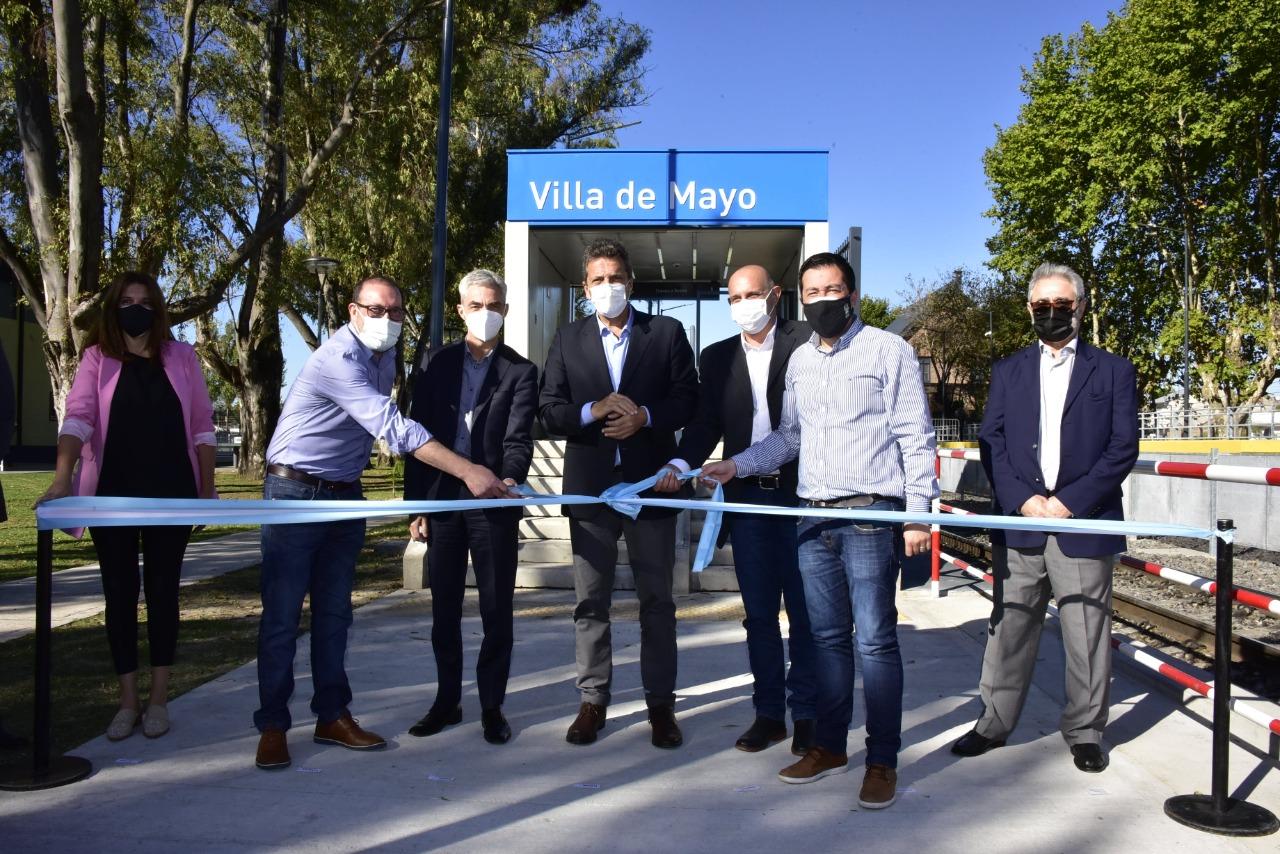 """""""Estamos felices de inaugurar la estación de Villa de Mayo"""""""