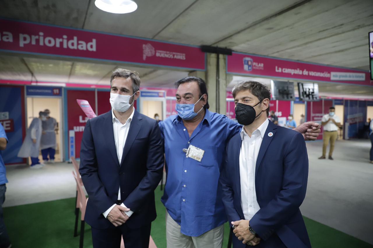 Kicillof y Achával inauguraron el vacunatorio del km. 46