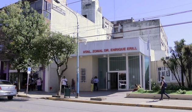 Escobar entregó subsidio de $3 millones al Hospital Provincial Erill para incorporar 12 camas de internación Covid-19