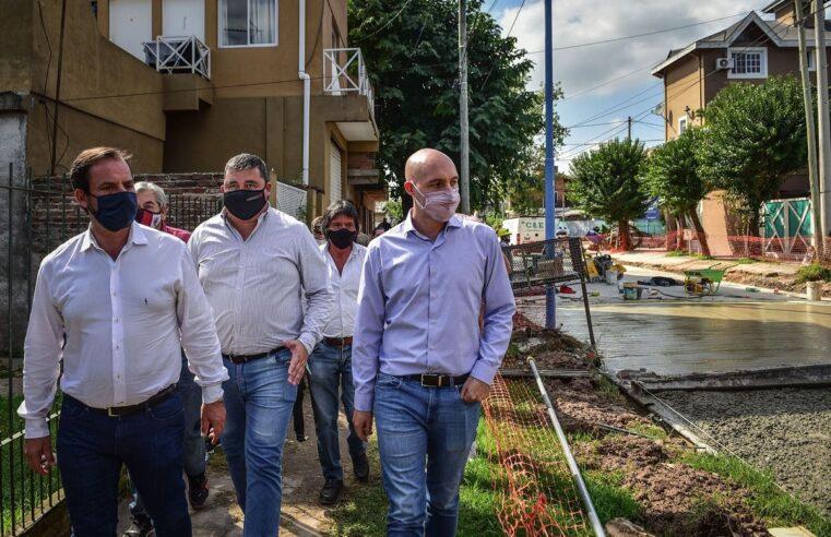 """""""Estamos llevando asfalto a cada rincón del partido de Escobar"""""""