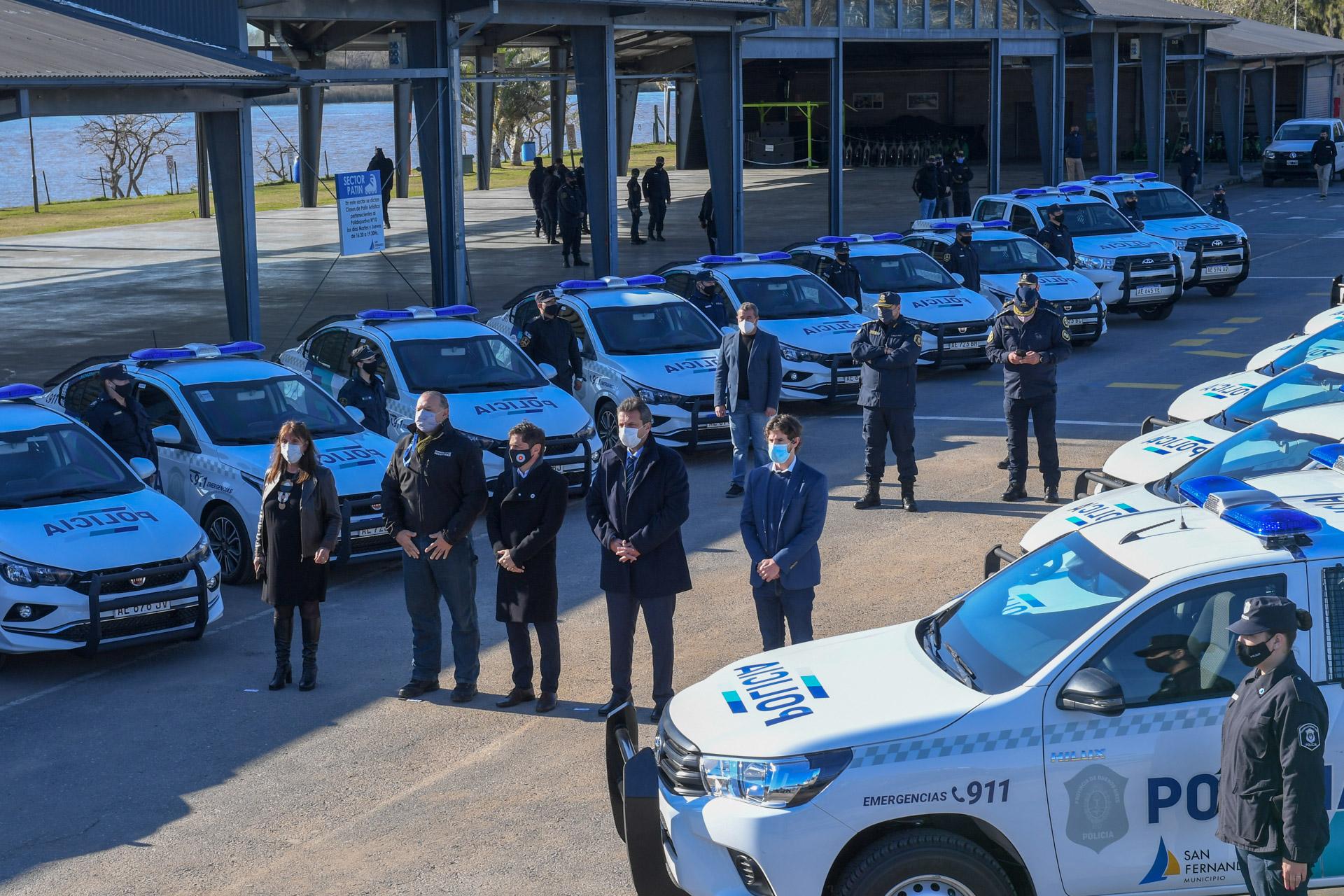San Fernando suma 27 móviles para la policía