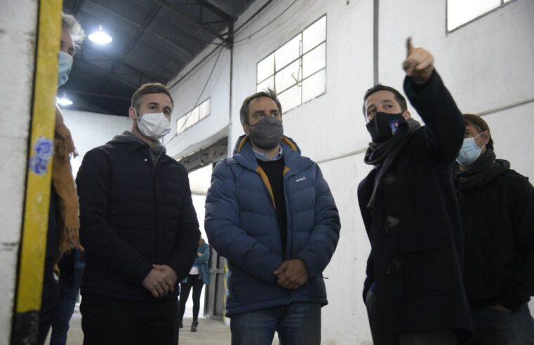 Achával y Cabandié entregaron maquinaria para recicladores urbanos