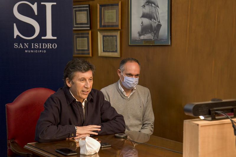 """""""Logramos que el coronavirus afecte lo menos posible a la industria y al comercio"""""""