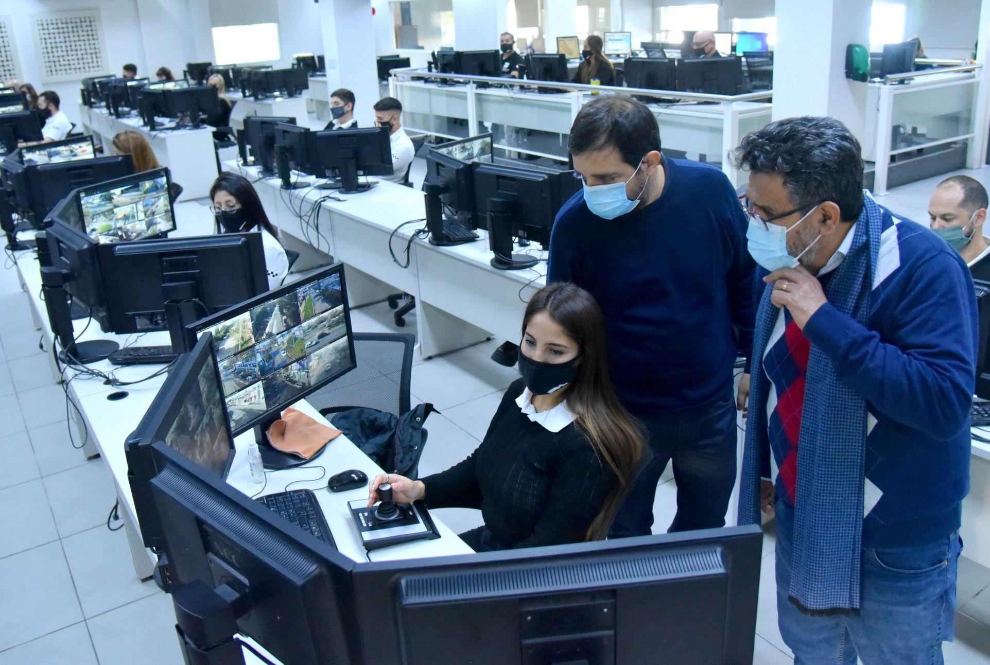 Moreira presentó 100 nuevas cámaras de seguridad para San Martín