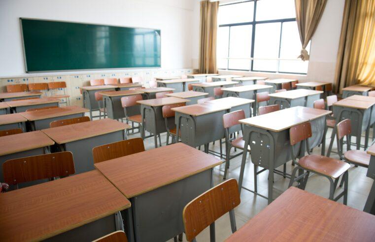 Casi un millón de alumnos perdieron vínculo con la escuela en 2020