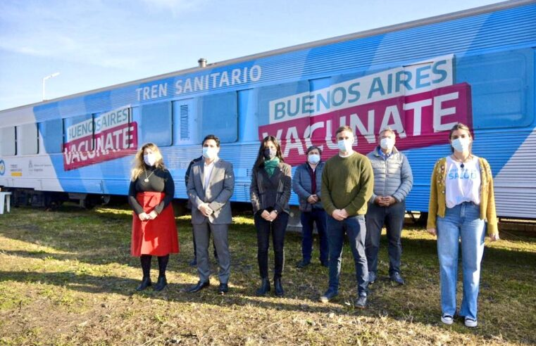 En Manzanares, Achával recorrió el Tren Sanitario y el Mercado Federal