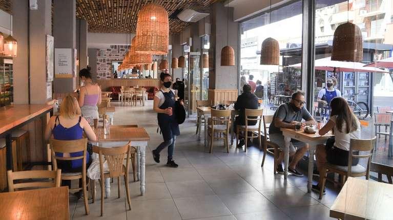 Tigre implementa el Pase Sanitario como requisito para el ingreso a bares y restaurantes