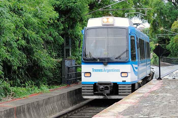 El Tren de la Costa pasó a ser un servicio urbano y redujo a casi un tercio el valor del boleto