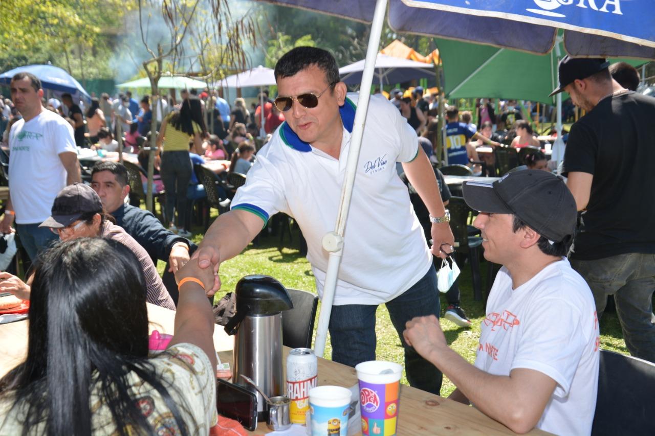 Fabián Agüero celebró el Día de la Primavera con los trabajadores gastronómicos