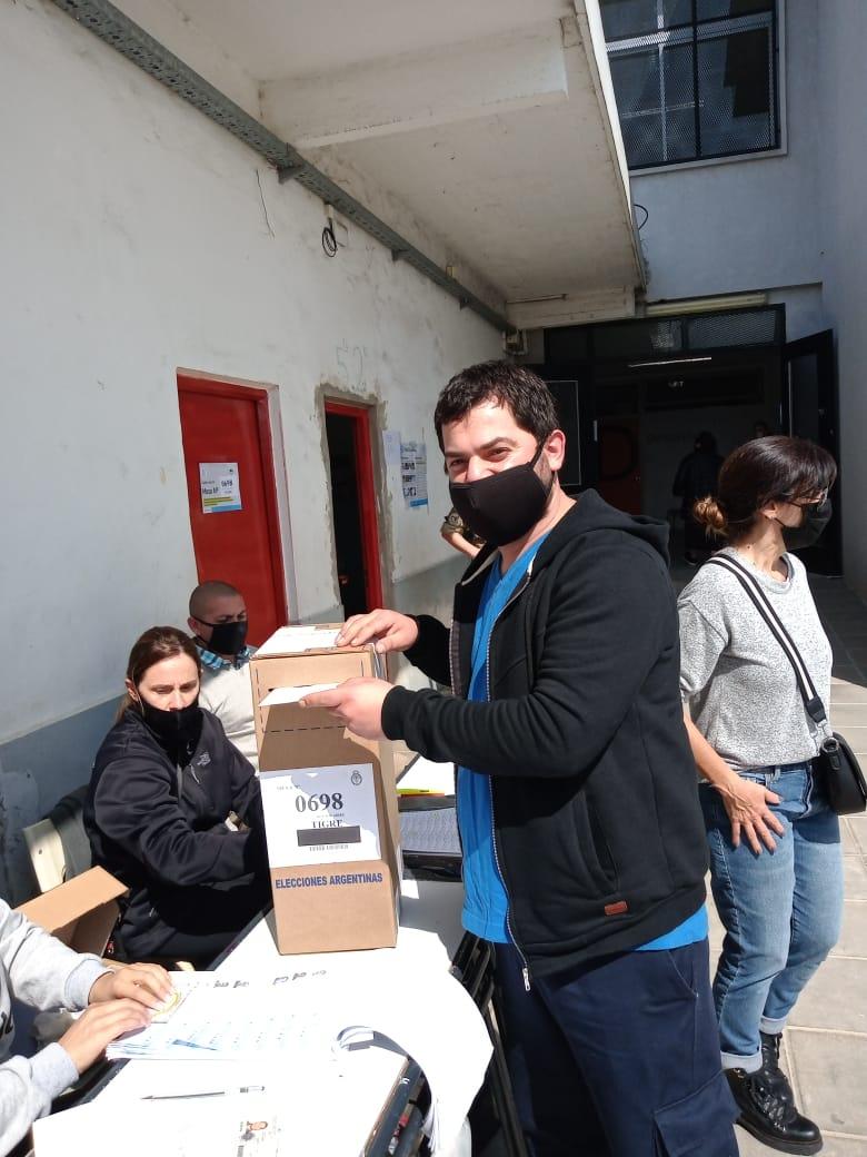 """Jorge Medina del FIT-U: """"Hicimos una gran campaña a pulmón en todo el país"""""""