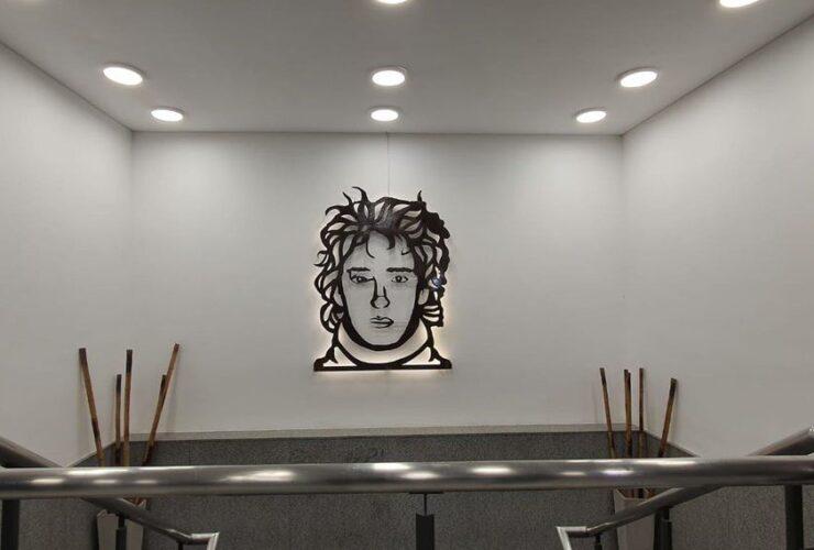 Cerati homenajeado con una obra de arte en el Tren de la Costa