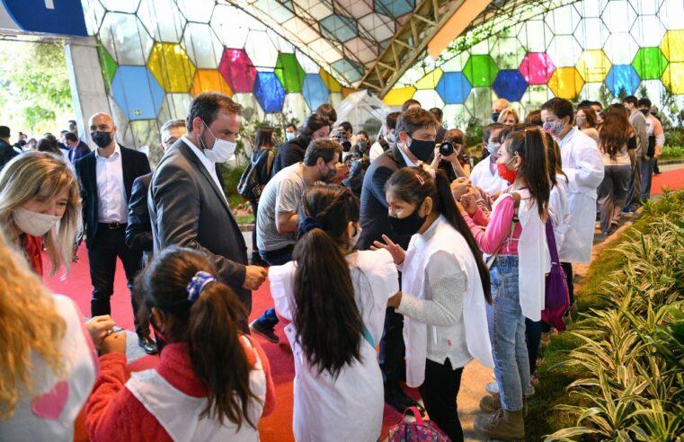 Sujarchuk y Kicillof recorrieron la 58ª edición de la Fiesta Nacional de la Flor